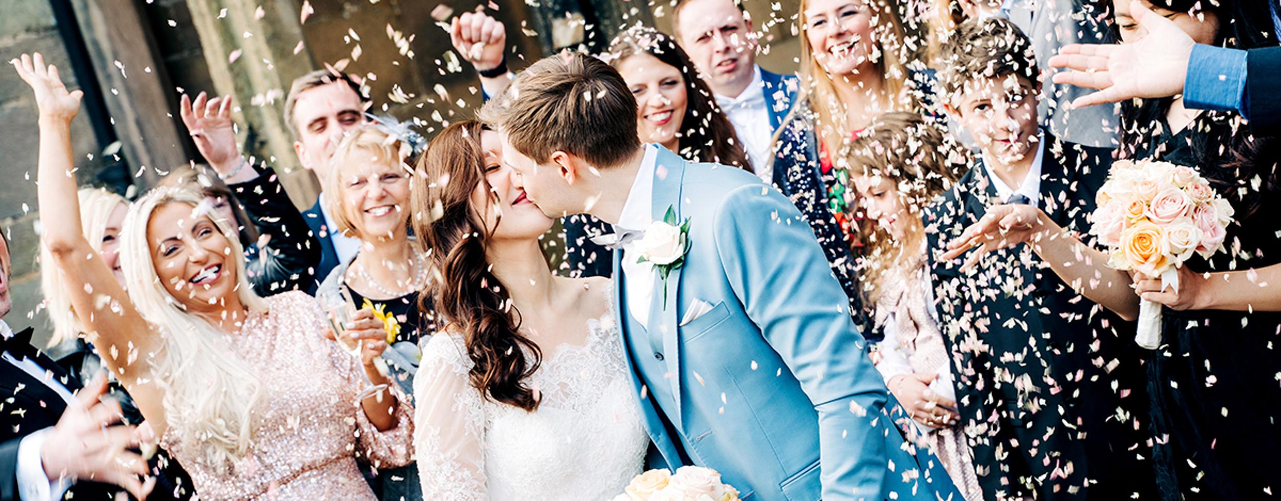 East-Yorkshire-Wedding-Photographer-The-Barns-Weddings-Goole-Hull-Abraham-Photography-04